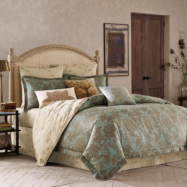 BiniChic Foscari 4-piece Comforter Set