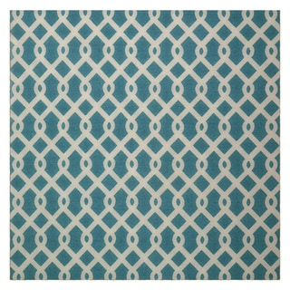 Waverly Sun N' Shade Ellis Poolside Indoor/ Outdoor Rug by Nourison (5'3 x 5'3)