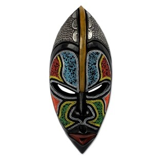 Handcrafted African Wood 'Bantu Zulu' Mask (Ghana)