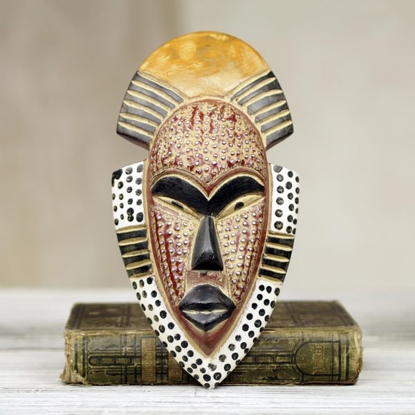 Handcrafted African Wood 'Ghana's Happiness' Mask (Ghana)