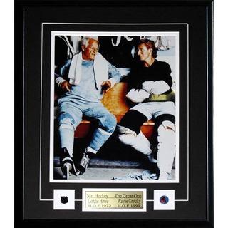 Wayne Gretzky and Gordie Howe Locker Room 11x14 Frame