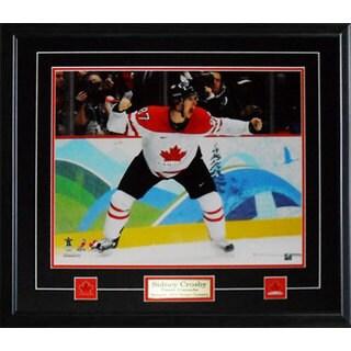 Sidney Crosby Team Canada Goal Yell 16x20-inch Frame