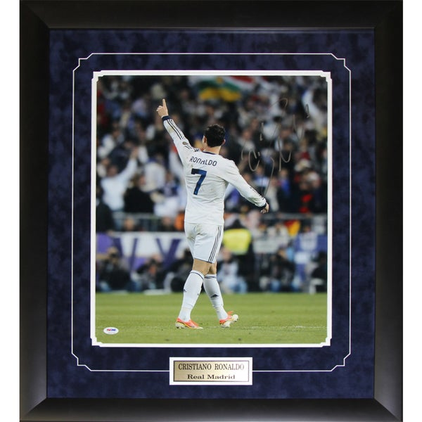 Cristiano Ronald Team Portugal Signed 16x20-inch Frame