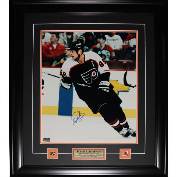 Eric Lindros Philadelphia Flyers Signed 16x20-inch Frame