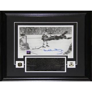 Bobby Orr The Goal Black and White 7.25x11 Signed Frame
