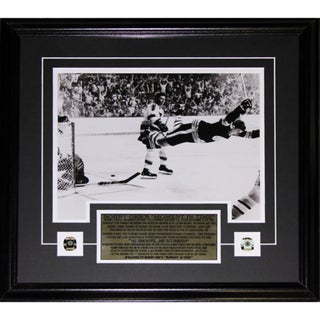 Bobby Orr The Goal Black and White 11x14 Frame