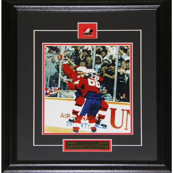 1987 Canada Cup Wayne Gretzky and Mario Lemieux 8x10-inch Frame