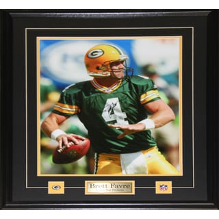 Brett Favre Green Bay Packers Signed 16x20-inch Frame