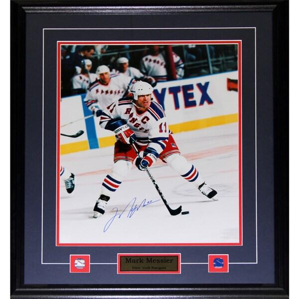 Mark Messier New York Rangers Signed 16x20-inch Frame
