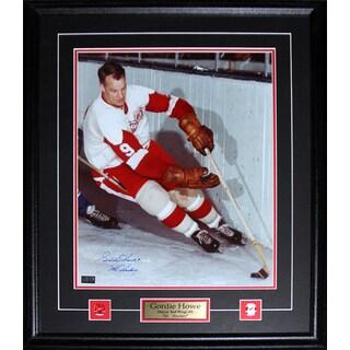 Gordie Howe Detroit Red Wings Signed 16x20-inch Frame