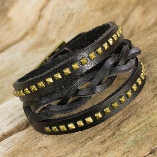 Handcrafted Brass Leather 'Black Strong' Bracelet (Thailand)