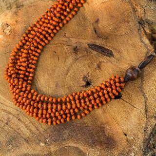 Handmade Littleleaf Boxwood 'Orange Muse' Necklace (Thailand)
