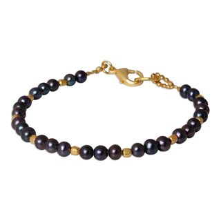Gold Overlay 'Iridescent Night' 5mm Pearl Bracelet (Thailand)