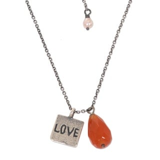 Silver 'Inspiring Love' Carnelian 3.5mm Pearl Necklace (Indonesia)