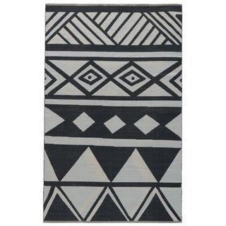 National Geographic Contemporary Tribal Pattern Black/ White Cotton Area Rug (8' x 11')