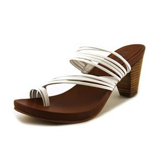 Mia Heritage Women's Virgo White Leather Toe Ring Sandals