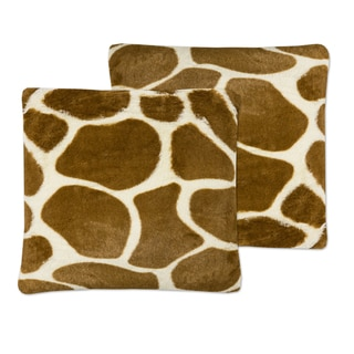 Sweet Home Collection Giraffe Print Plush Faux Fur 18-inch x 18-inch Accent Pillows (Set of 2)