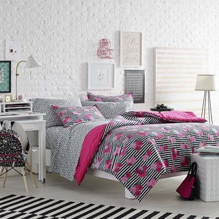 Betsey Johnson Royal Roses 3-piece Comforter Set