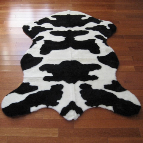 Cow Hide Faux Fur Rug - 47 x 67 (Cow - 47 x 67)