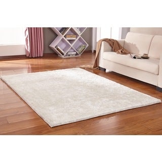 Solid White Shag Area Rug (5' x 7')
