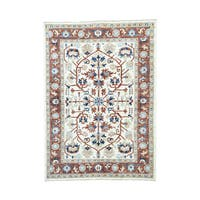 Ivory Pure Wool Hand-knotted Heriz Rug (6'2 x 8'9)