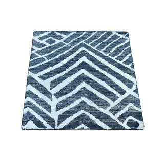 Pure Silk with Oxidized Wool Hand-knotted Rug (2' x 2'2)