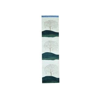 Gabbeh Modern Pictorial Design Hand-knotted Runner Rug (2'6 x 9'10)