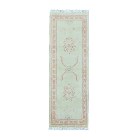 Pure Wool Washed Out Oushak Runnner Hand-knotted Rug (2'6 x 7'4)