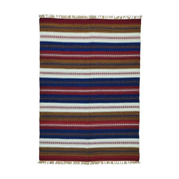 Handwoven Reversible Multicolored Wool Rug - Ivory/Red - 5'8 x 8'
