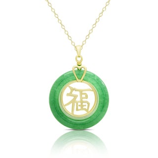 Dolce Giavonna Gold Over Sterling Silver Dyed Green Jade 'Good Luck' Circle Necklace