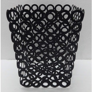 Red Vanilla Black Metal 7.75-inch x 9.75-inch Rings Waste Bins (Set of 2)