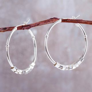 Handcrafted Sterling Silvers 'In Motion' Earrings (Peru)