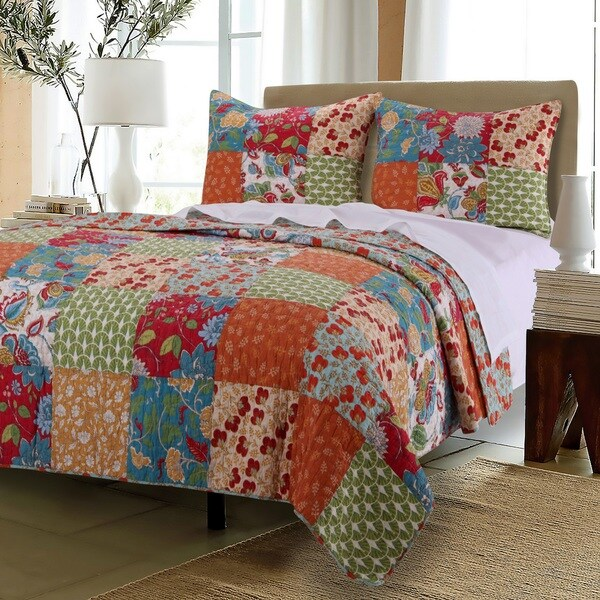 Greenland Home Fashions Terra Blossom 100-percent Cotton Quilt Set