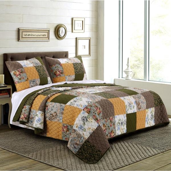 Greenland Home Fashions  Cedar Creek 100-percent Cotton Patchwork Quilt Set