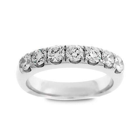 Azaro Jewelry 14k White Gold 1ct TDW Round Diamond Wedding Band