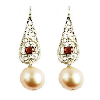 Pearl Lustre Sterling Silver Freshwater Pearl Garnet Dangling Earrings