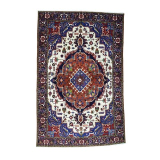 Persian Heriz Hand-knotted Pure Wool Mansion Size Rug (12'10 x 19'7)