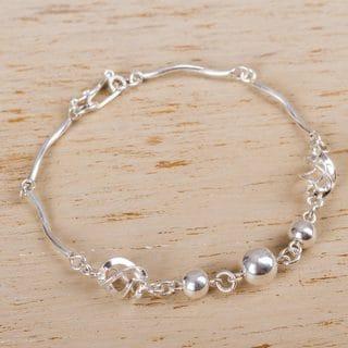 Handcrafted Silver 'Shining Orbs' Bracelet (Peru)