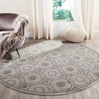 Safavieh Indoor/ Outdoor Amherst Light Grey/ Ivory Rug (7' Round)