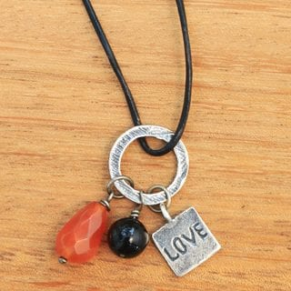 Handcrafted Sterling Silver Leather 'Love Glistens' Carnelian Onyx Necklace (Indonesia)