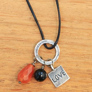 Handmade Sterling Silver Leather 'Love Glistens' Carnelian Onyx Necklace (Indonesia)