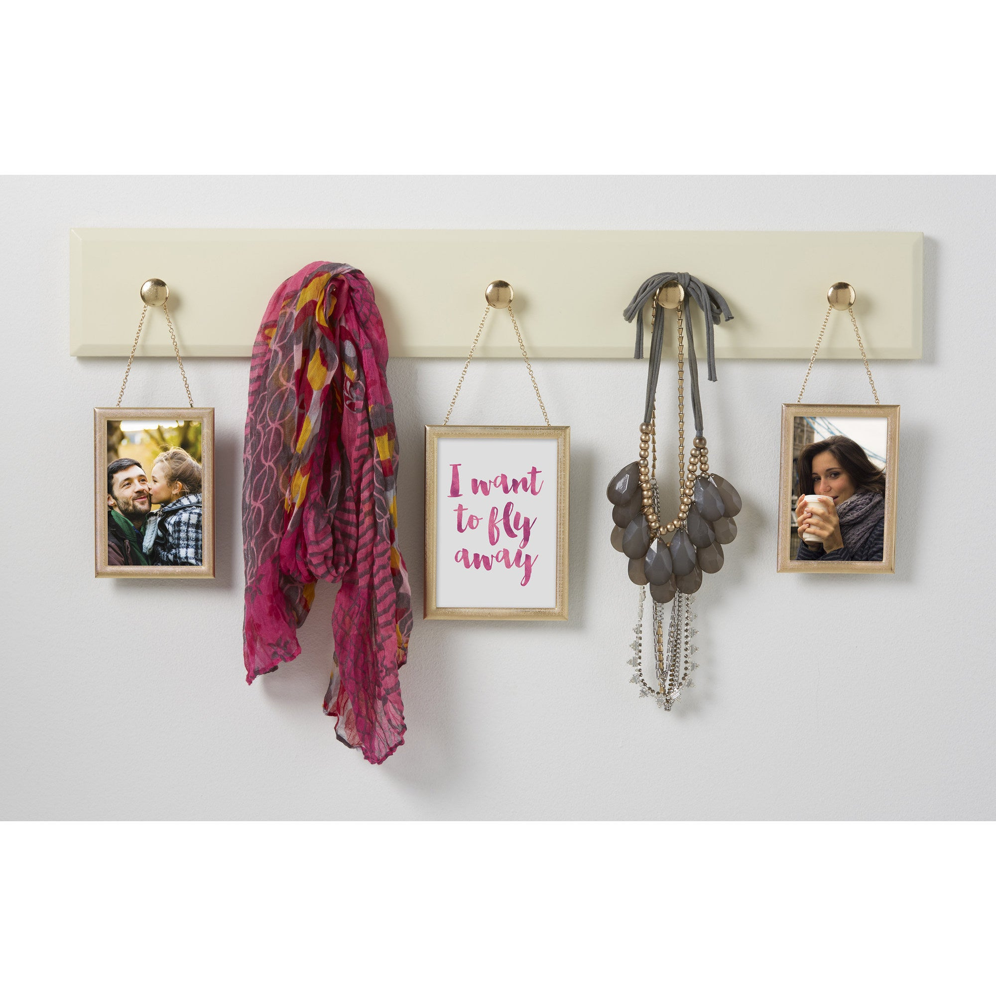 Kate and Laurel Pendant Hanging Photo Frame Wall Plaque (...