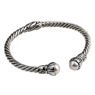 Handcrafted Antiqued Sterling Silver Bali Pearl (8 mm) Bali Bracelet (Indonesia)