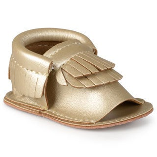 Journee Kid's 'Heidi' Fringed Moccassin Sandals