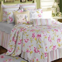 Liliann White Floral Cotton Quilt (Shams Not Included)