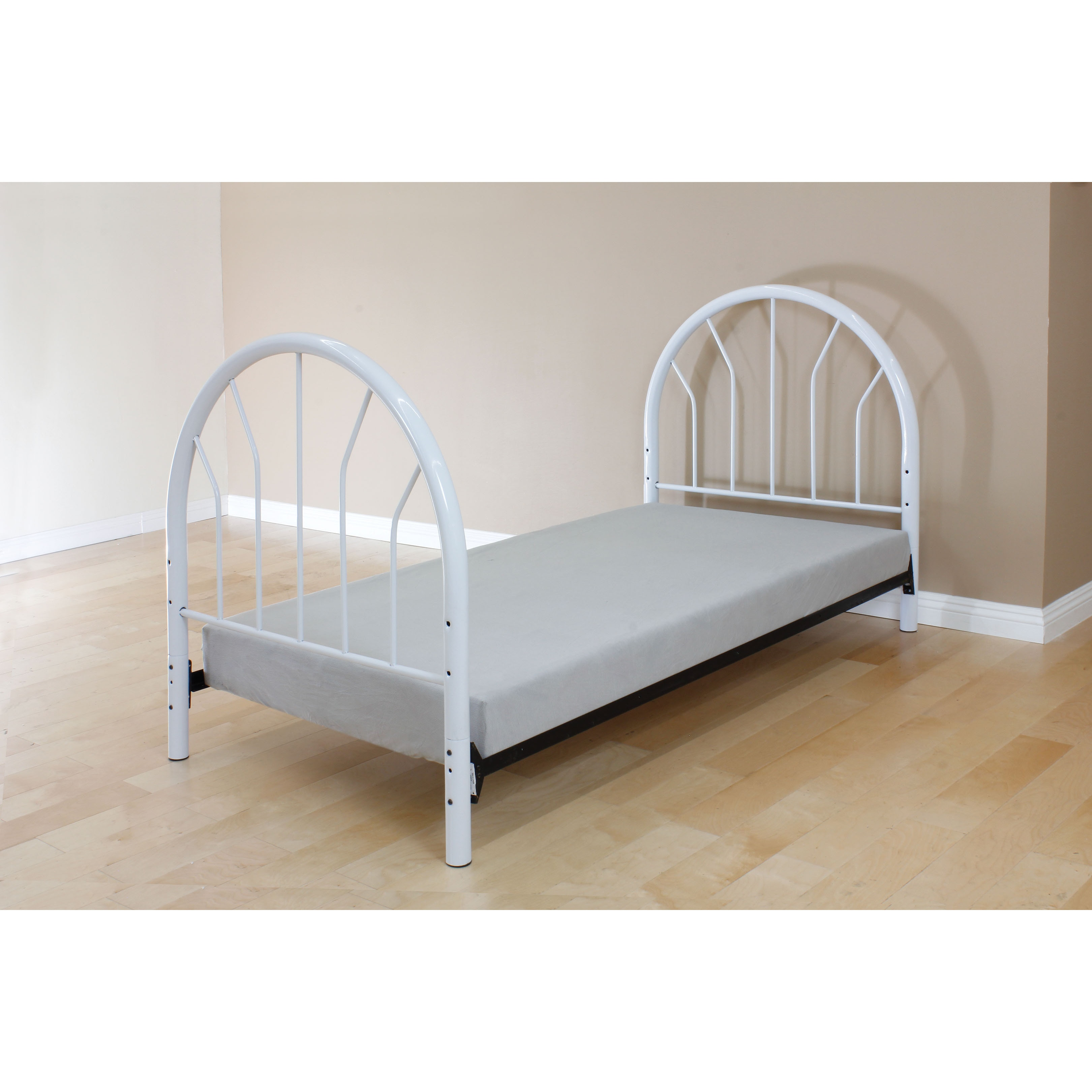 Silhouette White Metal Twin Headboard and Footboard (Whit...