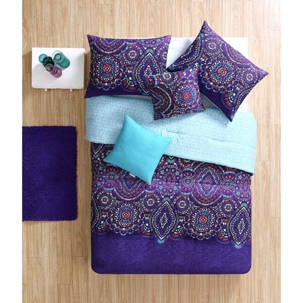 VCNY Dakota 4 or 5-piece Comforter Set