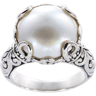 Handmade Sterling Silver Basket Set Mabe Pearl Bali Ring (14 mm) (Indonesia) - White (3 options available)