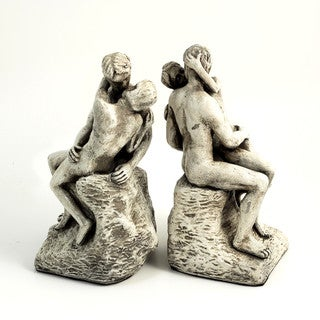 Bey Berk Kiss Bookends