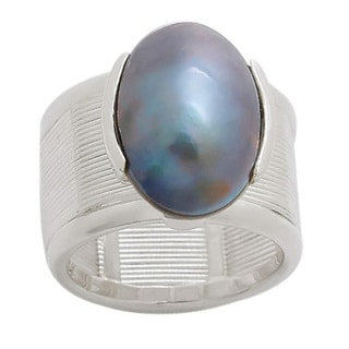 Pearl Lustre White Sterling Silver Black Mabe Pearl Ring